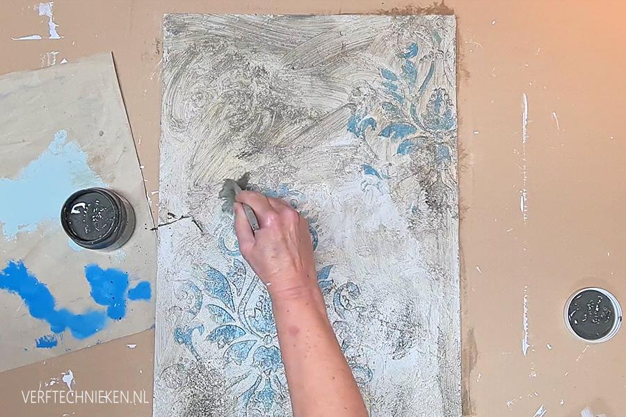 stencil met stucco patineren