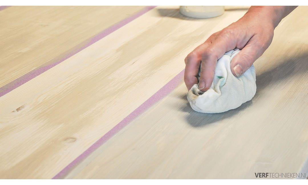 Steigerhout oud maken wash uitvegen